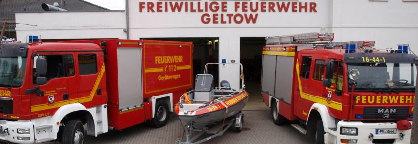 Klicken für mehr Information zu den Fahrzeugen der Feuerwehr.